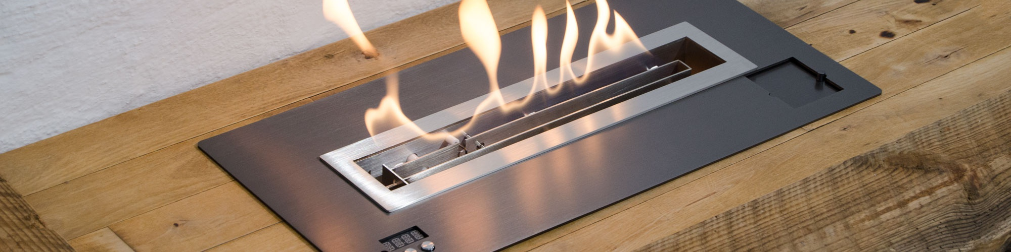 Bioethanol fireplace remote control with automatic fire