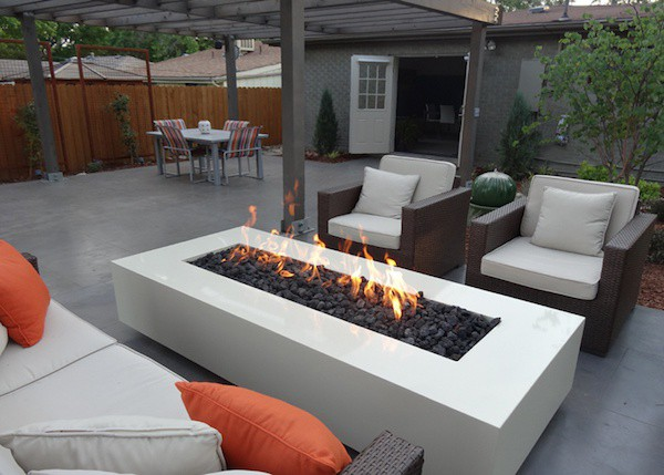 Bioethanol fire pit table