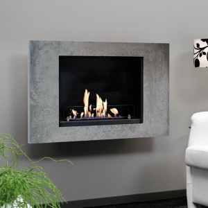 Contemporary, black steel bioethanol fireplace. The 800 ml  burner provides up to 4 hours of burning time.